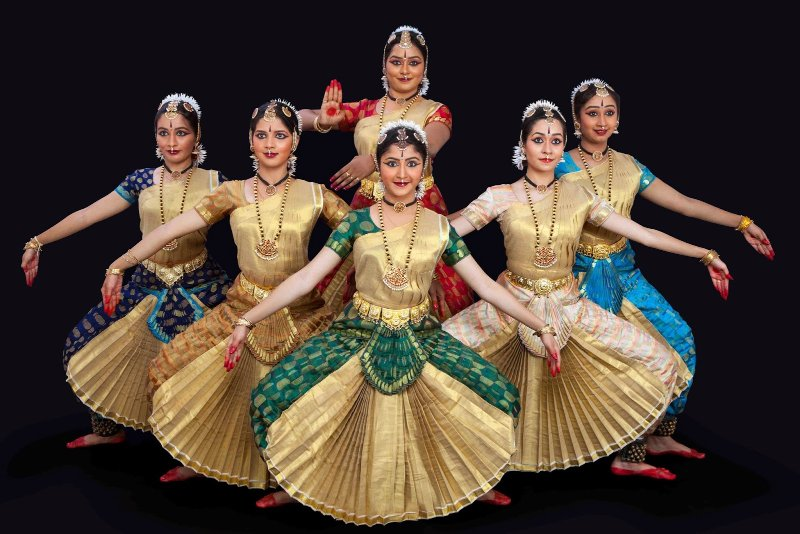 bharat natyam essay In your opinion, will this common application essay get me into upenn  extracurriculars include: indian dance in bharatanatyam, kathak and modern dance classes.